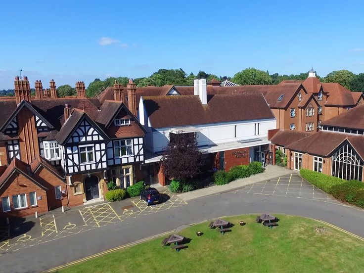 Hotel and venue marketing in Warwickshire and beyond by drone  #dji #drone #inspire #dronestagram #dronephoto #dronephotography #dronevideo #aerial #aerialphoto #aerialphotography #droneUK #Dronepixel #dronewarwickshire #dronevideos #dronesdaily #Warwickshire #Leamingtonspa #royalleamingtonspa #venuepromotion #WoodlandGrange #EEFVenues