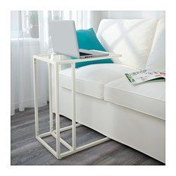 IKEA - VITTSJÖ, Laptopgestell, schwarzbraun/Glas, , Aus gehärtetem Glas und Metall, robusten Materialien für ein offenes, luftiges Erscheinungsbild.