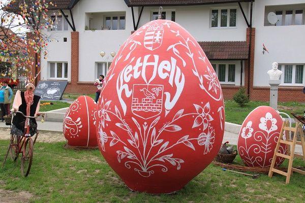 Húsvéti tojásözön Kéthelyen - Mesés gyöngyök