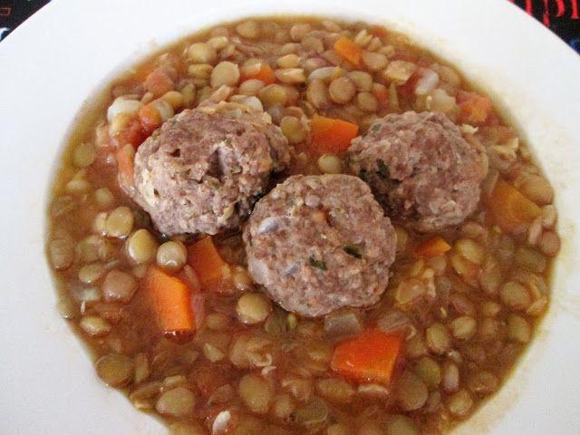 Cocina Chilena e Internacional: GUISO DE LENTEJAS CON ALBÓNDIGAS DE CARNE.(res)