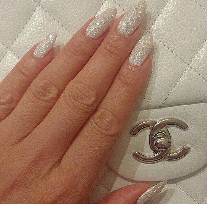 Glitter Jelly Nails Stiletto Nails Stiletto White White Glitter Stiletto Nails White Glitter Stilett Stiletto Nails White Glitter Nails White Nails