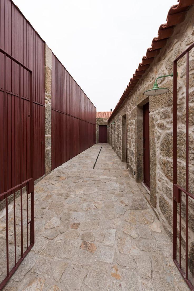 André Eduardo Tavares , Armenio Teixeira · Rural houses refurbishment in Trebilhadouro