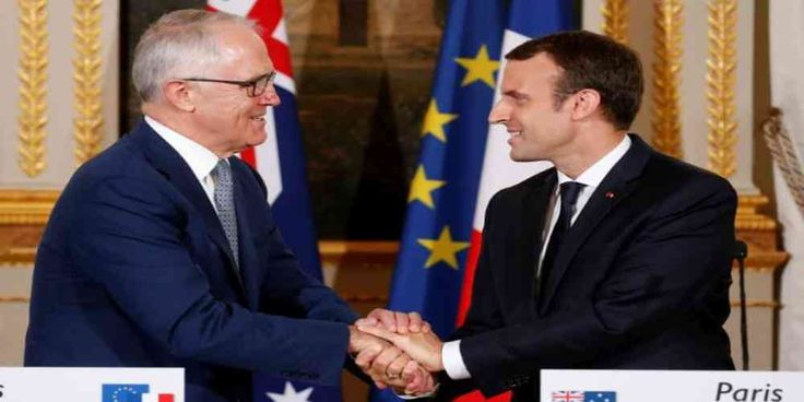 """Top News: """"AUSTRALIA POLITICS: Turnbull to Inaugurate French Work in Lucrative DCNS Submarines Deal"""" - https://i2.wp.com/politicoscope.com/wp-content/uploads/2017/07/Emmanuel-Macron-shakes-hands-with-Malcolm-Turnbull-Australian-Australia-News-France-Politics.jpg?fit=1000%2C500 - """"This is the largest and most ambitious military project in Australia's history,"""" Turnbull told reporters at Élysée Palace in Paris.  on Politics - http://politicoscope.com/2017/07/09/australia-po"""