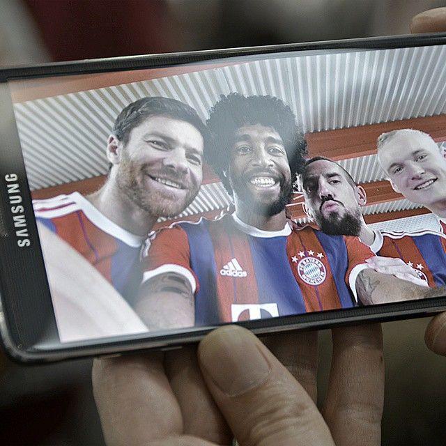 Instagram Samsung Mobile Deutschland | FC Bayern @dantebahia @rodesebastian #Alonso #Ribéry @fcbayern #SAMSUNGdeutschland #FCB