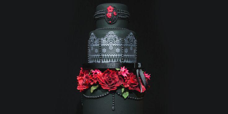 11 Increíbles pasteles de boda góticos que a todos sorprenderán