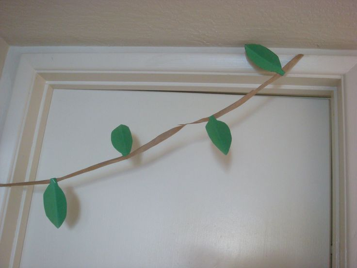 How to Make Paper Jungle Vines | General Arts & Crafts