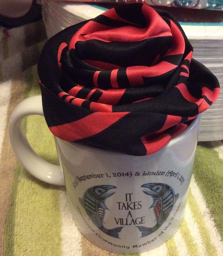 SikidinmHanak Scarf Rose. Mug made by me.