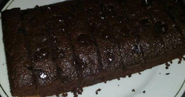 Resep Oat brownies panggang nyoklaaaaat banget favorit. Misua kepengen brownies panggang buat buka puasa... resepnya sama seperti oat brownies kukus hanya beda cara masaknya saja dan saya tambahkan choco chip...