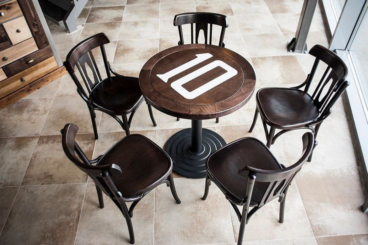 Scaune realizate de Mobirom Romania. Wooden chairs made by Mobirom ROmania
