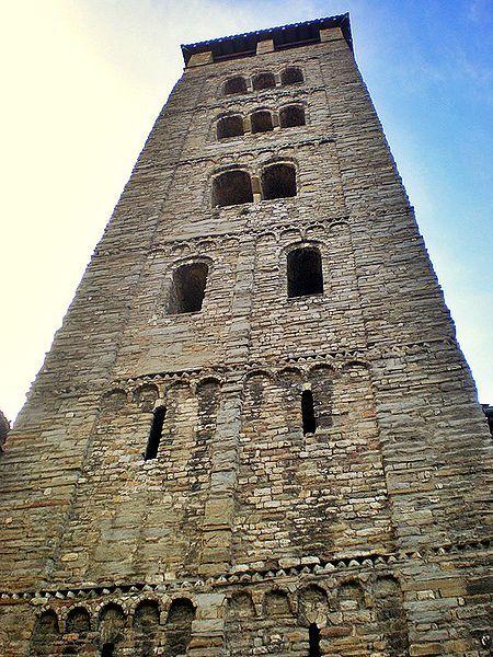 Campanar de la Catedral de Vic. Imatge: Jaume Meneses. Llicència Creative Commons Reconeixement - Compartir igual 2.0 genèrica
