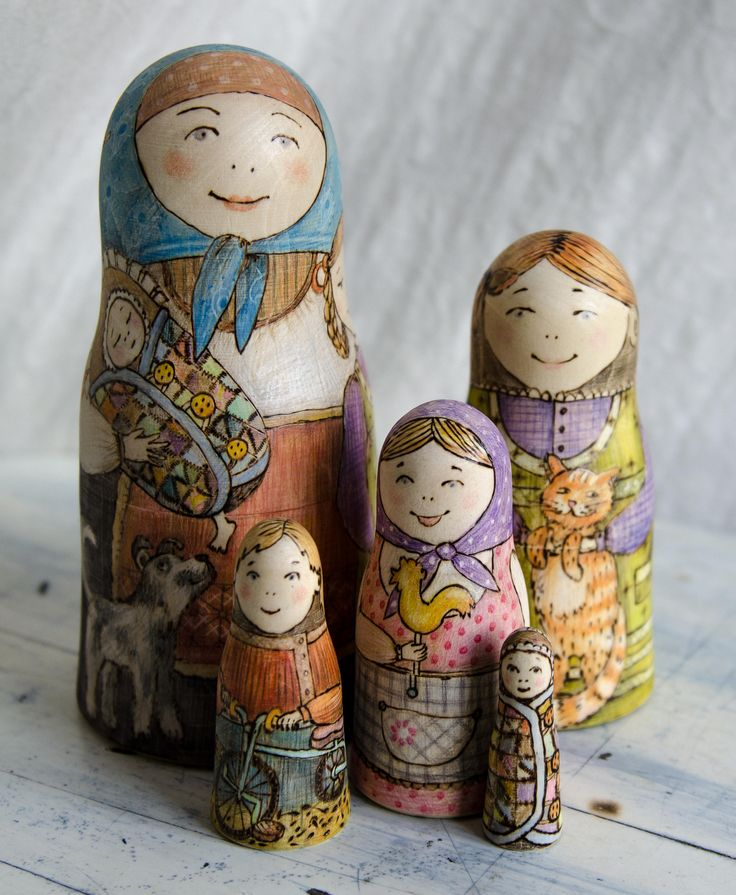 A mother with children themed matreshka is the classics! On the main doll you can see the images of all 5 pieces. Opening the dolls in turn you will get 4 children from the eldest to the baby one. Suitable for 1year +. An excellent present from Russia. We have two versions of the doll. One matreshka has already gone to France, the other one is part of the designers collection. The biggest doll is 15cm/6 tall.