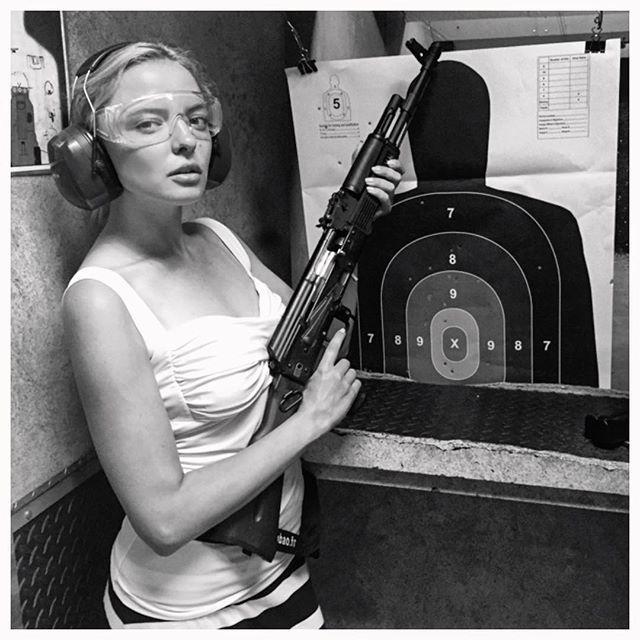 Marina Orlova - Kalashnikov #lasvegas #gun #TipicalRussianBlonde #kalashnikov #russianstandard #becarefulbaby