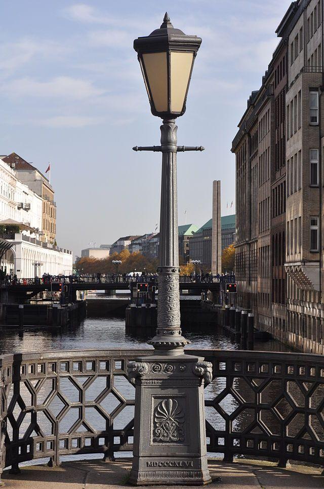 Hamburg-Altstadt, Adolphsbrücke