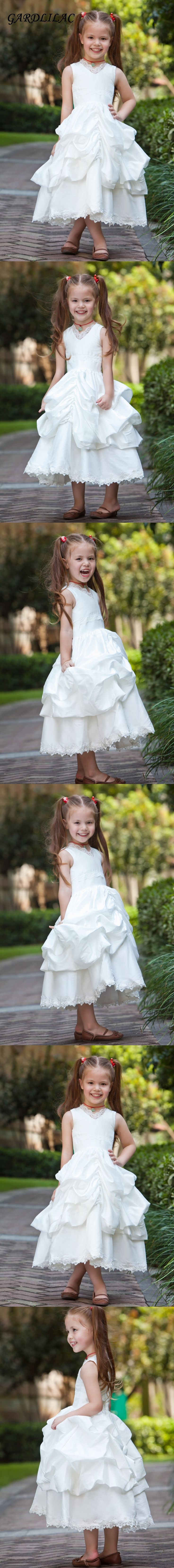 2017 white flower girl dress lace   Tiered  ball gown frist  communion dresses for girls off the shoulder kids frock designs