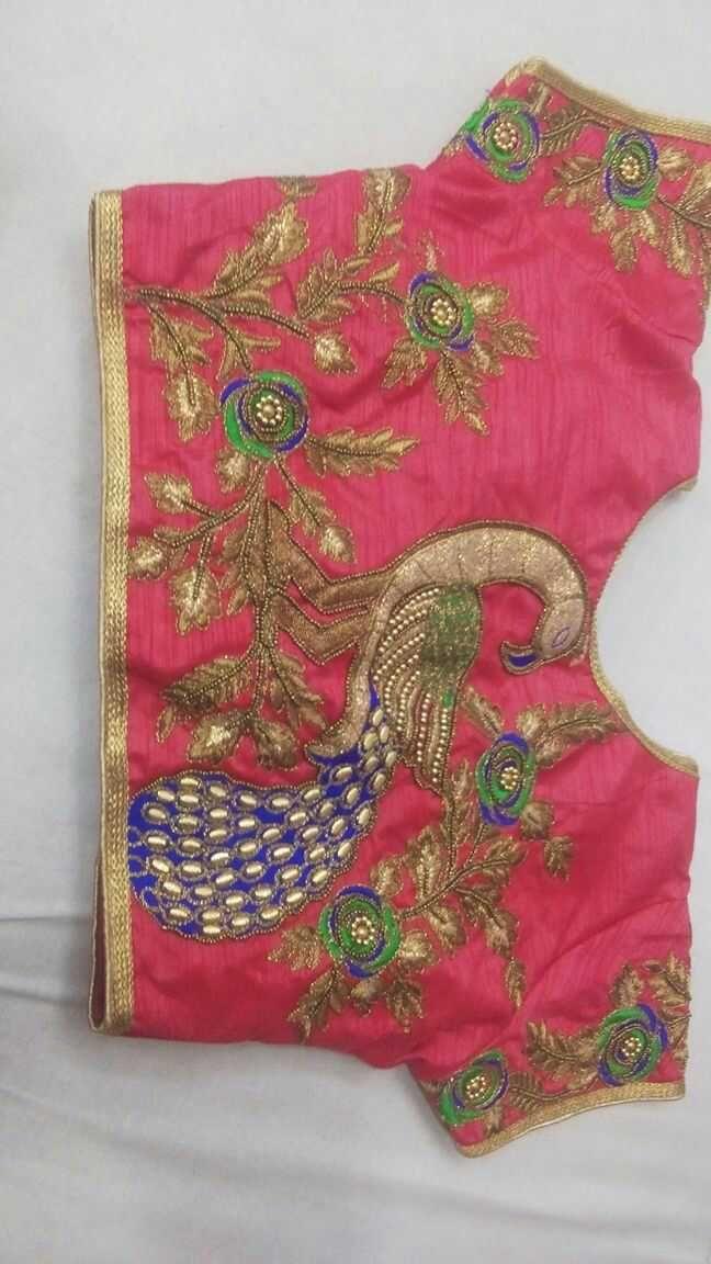 Designer blouses on Banglori silk and Dhulian cloth. Max size 40