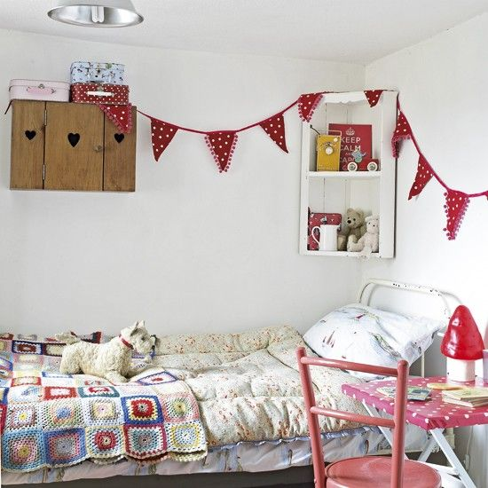 Choose vintage throws, bedspreads and knitwear to create a pretty country feel. Add to the look with mismatching furniture and cute homespun accessories.