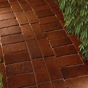 How to Lay a Brick Sidewalk #stepbystep