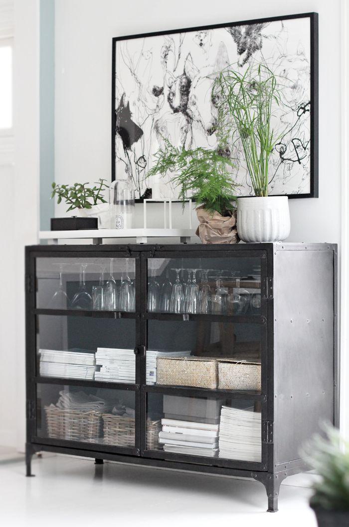 Dog print, green plants, living room, black and white