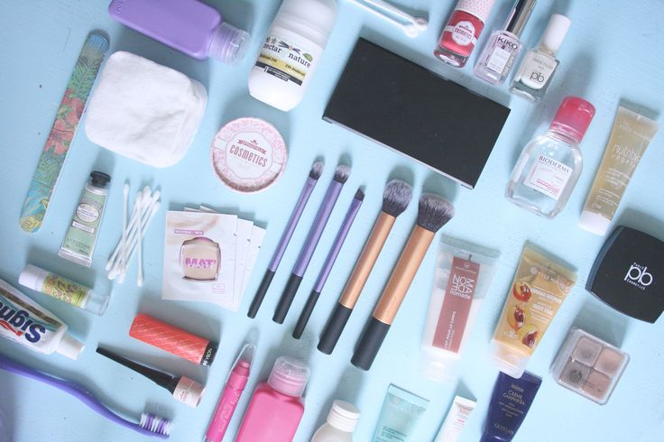 What's in my make up bag for Creete?