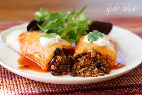Turkey & Black Bean Enchiladas #SkinnyRecipe: Dinner, Fun Recipes, Turkey Recipes, Black Beans, Black Bean Enchiladas, Food, Ground Turkey, Blackbean