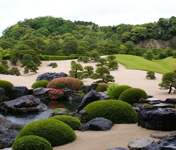 Japanese Zen Garden - Adachi Museum of Art - Yasugi - Shimane - Japan - SONY DSC