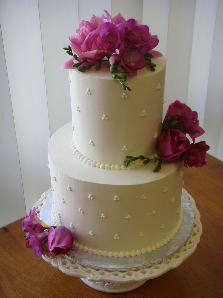 Beautiful Small Wedding Cake