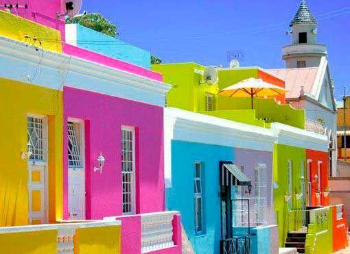 Las 25 mejores ideas sobre casas pintadas exterior en for Fachadas casas color arena