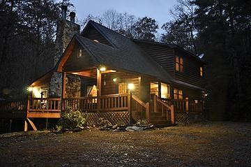 BEAR TRACK FALLS Blue Ridge Georgia Cabin Rental with Hot Tub and Pet Friendly