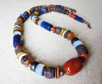 Купить или заказать ожерелье БЕРЕГОВАЯ ЛИНИЯ ( лазурит , яшма , янтарь ) в интернет-магазине на Ярмарке Мастеров. Яркое , сочное , тёплое , красочное , созданное в ожидании жаркого лета ! ---------------------------------------------------------------------------Авторская работа .----------------------------------------------Единственный экземпляр .------------------------------------Замечательно смотрится в комплекте с ожерельем…