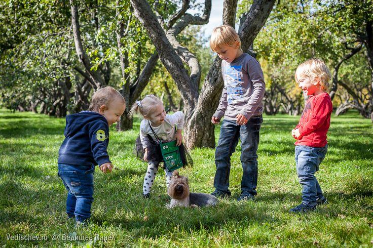 Вспомнилась небольшая тусовка в парке Коломенское!👬💃🚶 #ведищев #vedishchev #детский_фотограф #детскийфотограф #семейныйфотограф #семейный_фотограф #репортаж #репортаж_праздника #Юлиана #юси_гуси #леди_ю