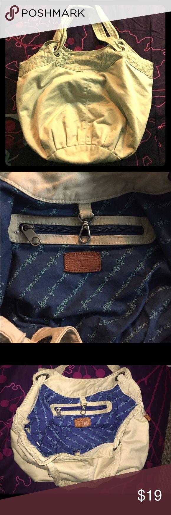 American Eagle Handbag (Cream/Khaki) Roomy Handbag. Excellent Condition. American Eagle Outfitters Bags Hobos
