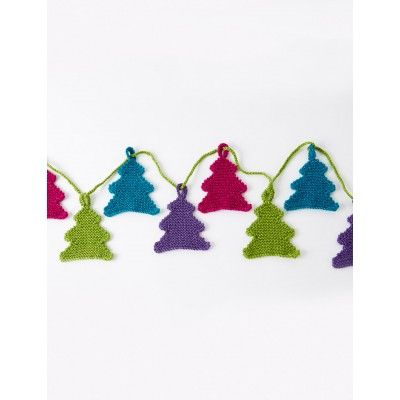 Happy Little Tree Garland - Patterns | Yarnspirations