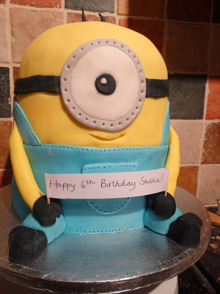 Despicable me minion cake - vanilla sponge with vanilla buttercream topped with fondant. #despicable #me #minion #cake