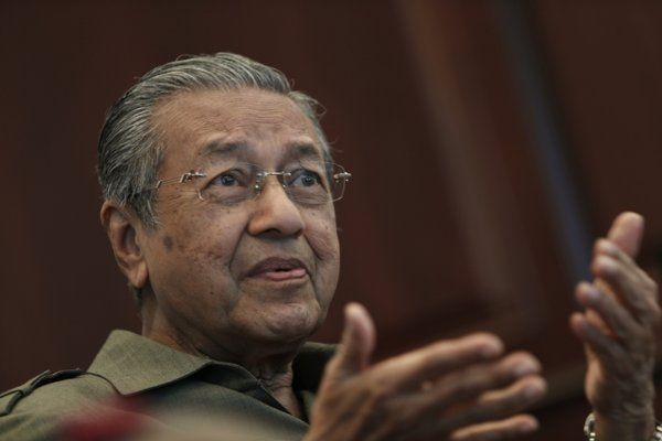 Missing MH370: CIA 'Withholding Information About Flight Disappearance' says Ex-Malaysia PM Mahathir Mohamad - Yahoo News Singapore