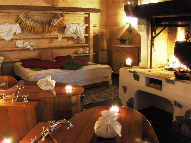 Nestled in the Dolomites, at the foot of the famous ski slope of the Croda Rossa and a short walk from the pristine paradise of Fischlein Valley, Hotel Bad Moos with its thermal spring is ideal for sports, enjoying nature and the ultimate well-being. http://goingpeople.com/badmoos