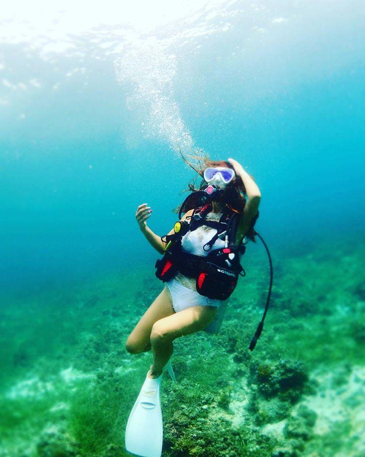 #하늘을 바라봐 . 다이빙이 땡긴다😢😢😢😢 . #세부#막탄#스쿠버다이빙#여행#스타일#다이빙#세부#막탄#필리핀#자유여행#스타일#YOLO#신남주의#scuba#diving#세부다이빙#스쿠바프로#뮤핀#걸마스크베이더#다이빙투어