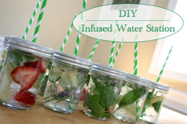 Delicious and easy way to provide healthy drinks... DIY Infused Water Station: Mason Jars Cups, Plays Learning, Diy Infused, Water Bar, Infused Waters, Minis Mason Jars, Water Stations, Healthy Drinks, Infused Water Recipes