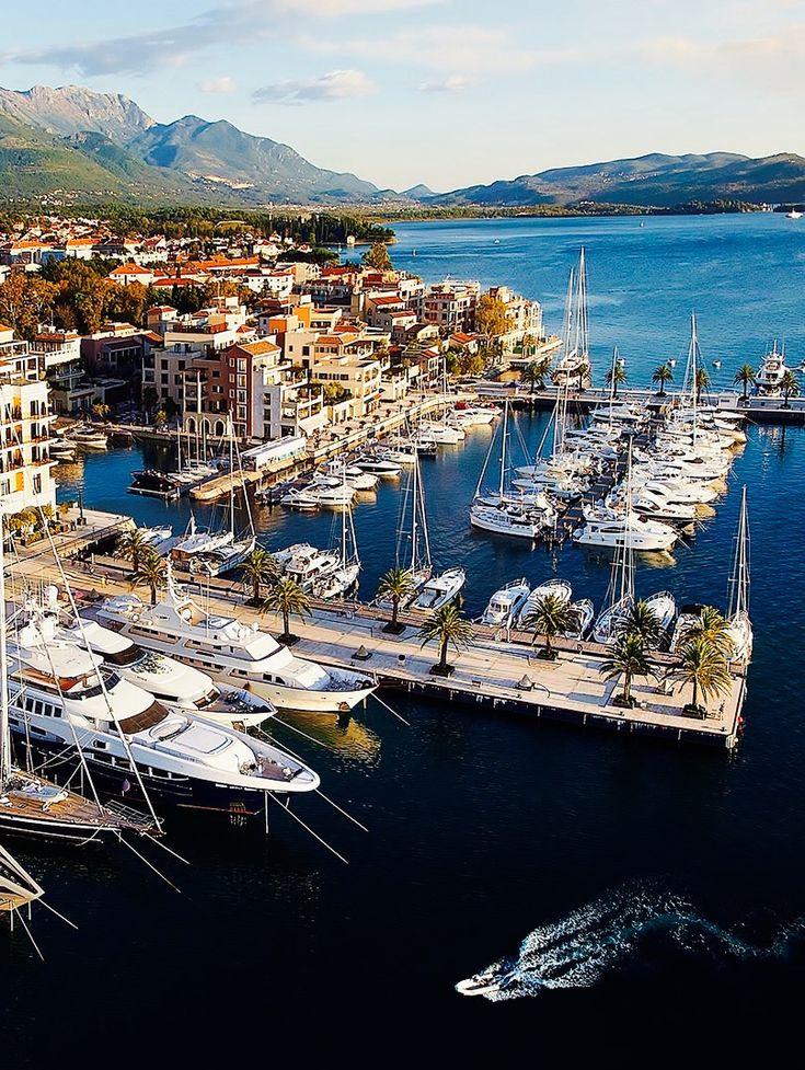 Tivat, Monténégro. https://www.maritima-sailing.fr/mediterranee/location-voilier-catamaran-montenegro-tivat#informations