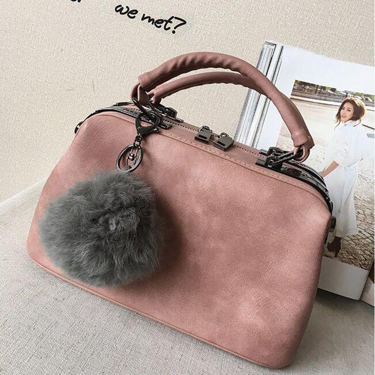 $38.69 (Buy here: https://alitems.com/g/1e8d114494ebda23ff8b16525dc3e8/?i=5&ulp=https%3A%2F%2Fwww.aliexpress.com%2Fitem%2FNewest-Fashion-Designer-Leather-Vintage-Doctor-Bag-Shoulder-Handbags-Hot-Women-Messenger-Small-Tote-Bag-Bolsas%2F32630795771.html ) 2016 Fashion Designer Vintage Doctor Handbags Women Leather Shoulder Messenger Shopping Tote Bags Bolsas Sac A Main Mujer Li162 for just $38.69