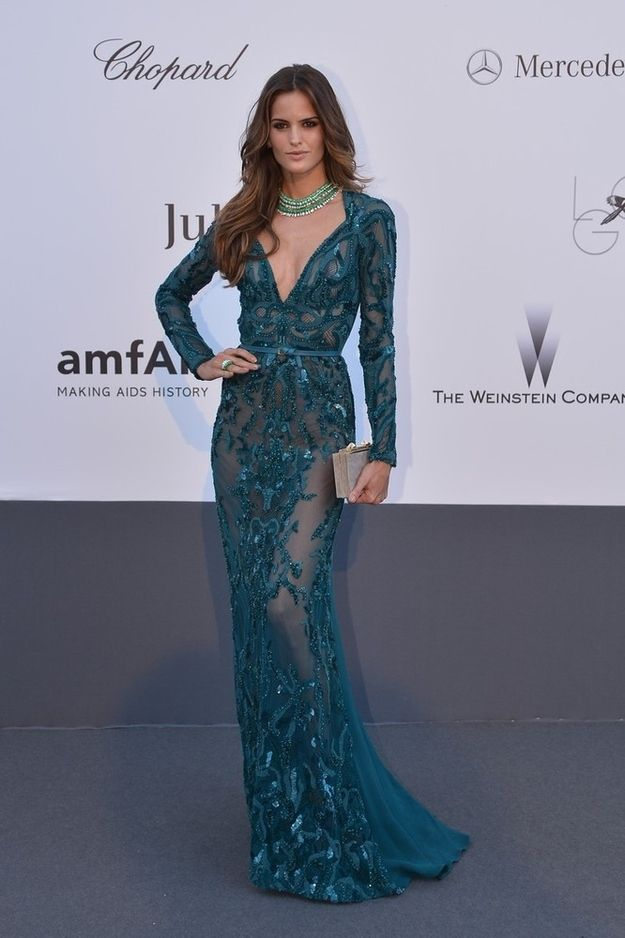 Izabel Goulart. | 53 Bizarrely Glamorous Photos From The amFAR Gala Red Carpet