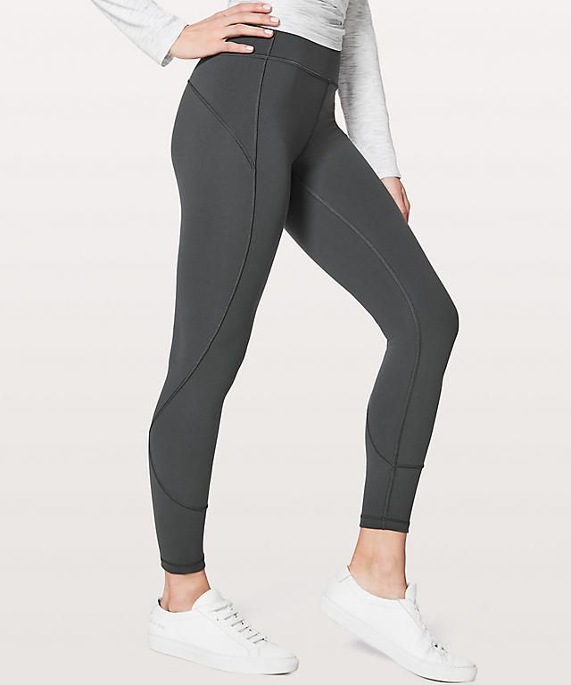 458669fb094 We Worked Out In These Crazy-Popular Bandier Leggings   Here s What We  Thought. Get These Perfect