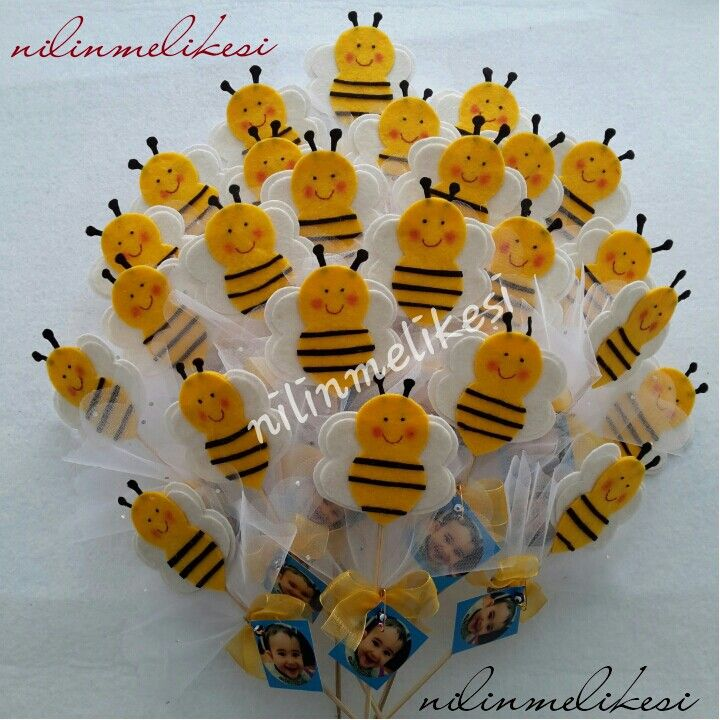 I don't know what I love so much about these... Too cute!  Arı keçe bebek şekeri magnet bee