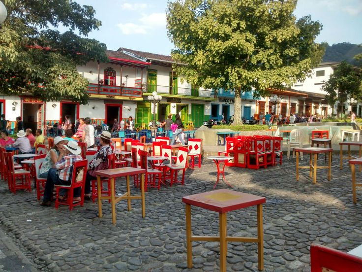 Plaza Principal-Jardín-Antioquia-Colombia.