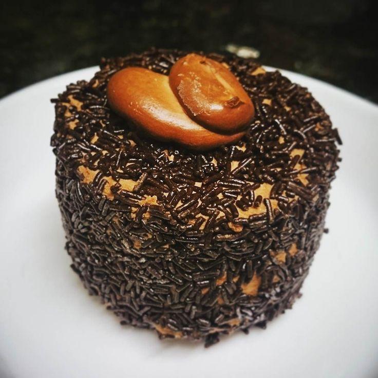 #dakar #chocolate #choco   elreceton.com  #elreceton  #postre #chocolat #foodlovers #foodpic #food #foodporn #foodie #foodgasm  #instafood #instamood  #dessert #dessertporn #amazing  #delicious #delish #delicia #yum