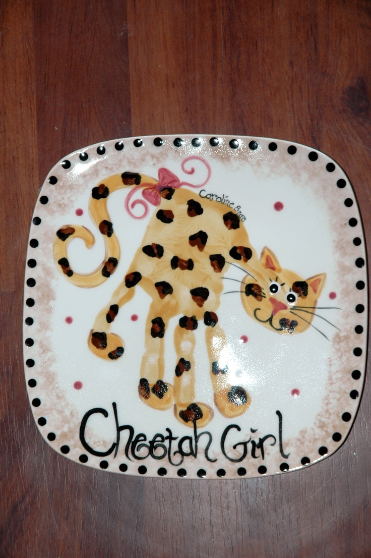 Hand print cheetah this is so sissy she is fast like a for Handprint ceramic plate ideas
