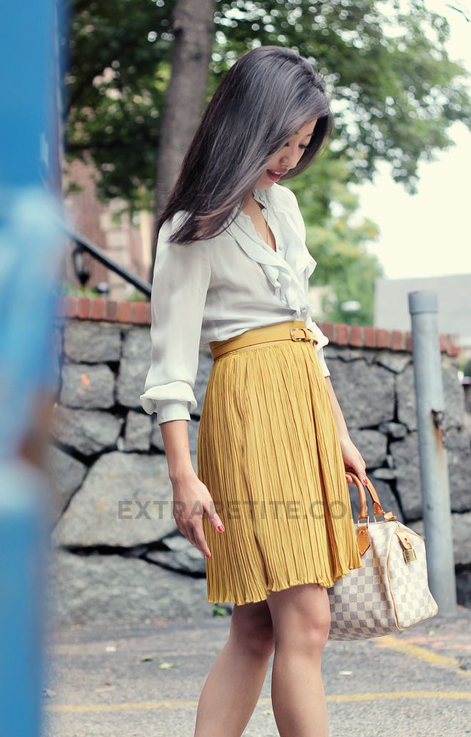 Loving Now :: Mustard yellow pleated skirt: Extra Petite, Mustard Skirt, Workoutfit, Fashion Blog, Work Outfits, Extrapetite Com, Pleated Skirts, Mustard Yellow