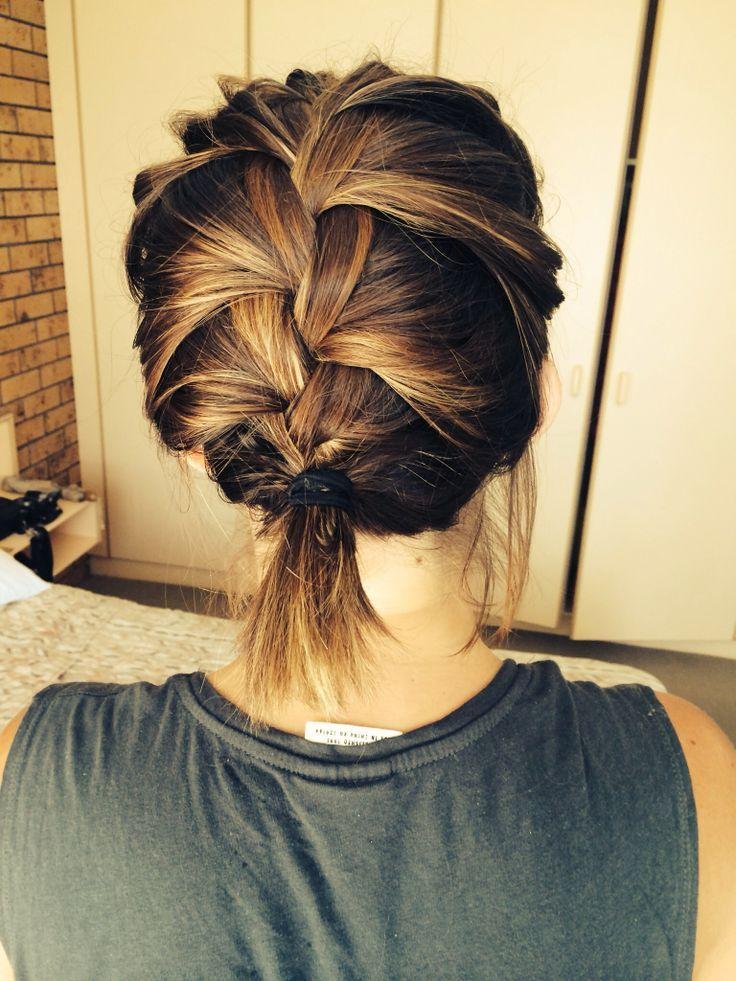 Trendy Frisuren für Frauen mit schulterlangem Haar 2014