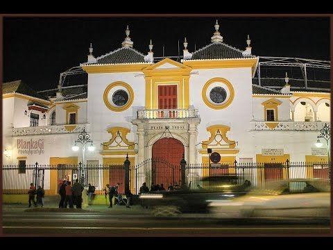 Ruedos con Historia: Plaza de Toros de La Maestranza de Sevilla - http://www.feriadeabrilsevilla.com/ruedos-con-historia-plaza-de-toros-de-la-maestranza-de-sevilla/