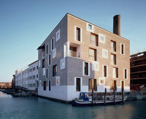 Edificio residenziale d area ex junghans venezia 1997 for Casa moderna venezia