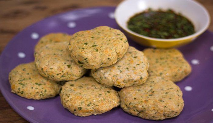 Healthy Fishcakes with Coriander and Chilli Dipping Sauce
